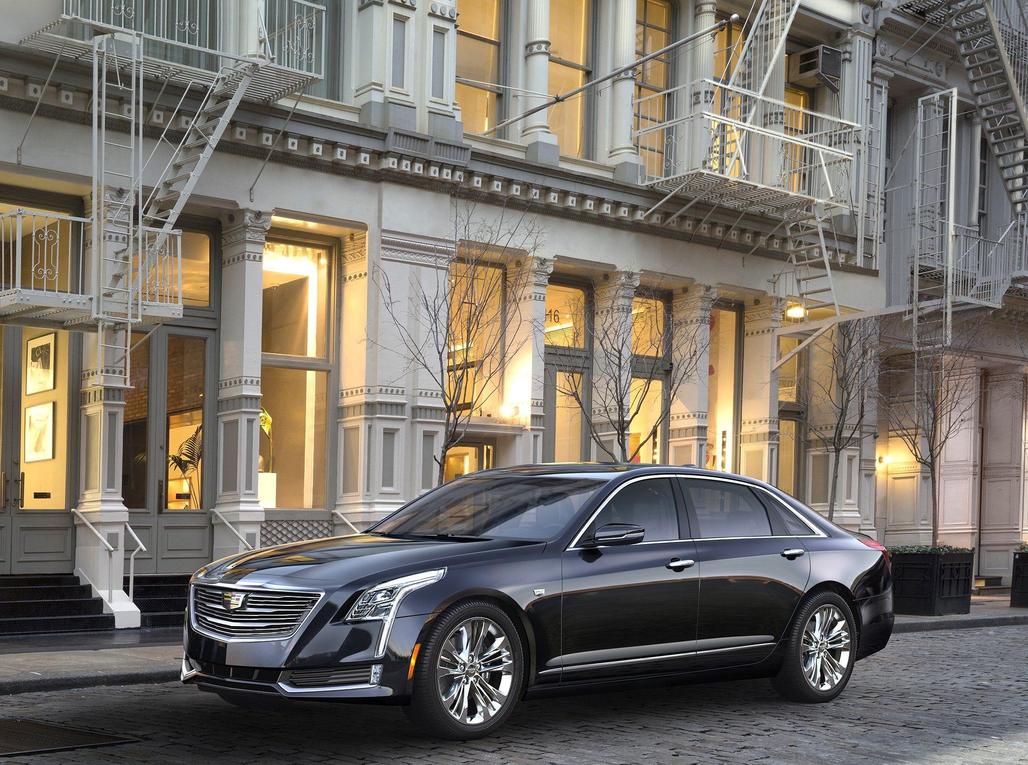2016 Cadillac CT6.
