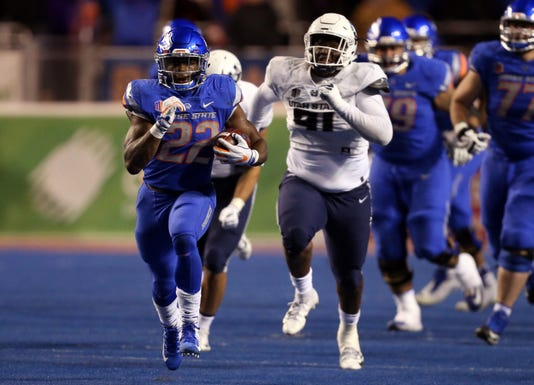 Ncaa Football Utah State At Boise State