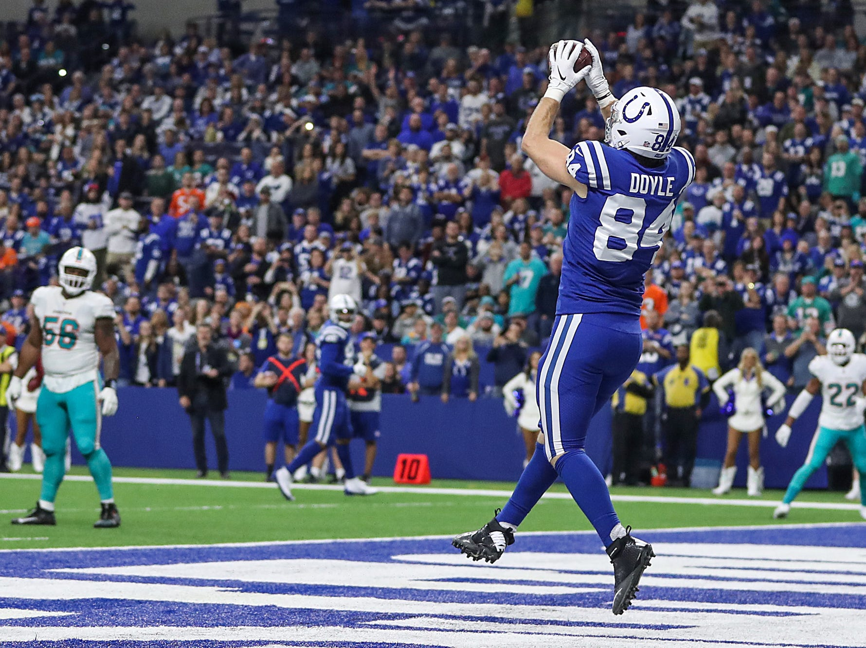 Indianapolis Colts tight end Jack Doyle (84) receives a touchdown pass during the first half of the game at Lucas Oil Stadium in Indianapolis, Sunday, Nov. 25, 2018. The Colts won, 27-24.