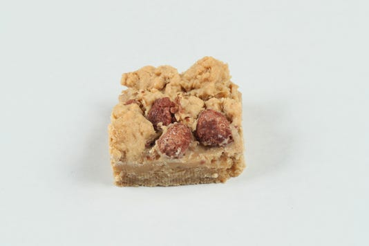 cookierec05-10 Salted Caramel Crunch Oatmeal Bars