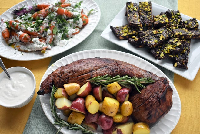 Carrot salad, roast beef tenderloin with potatoes and orange chocolate pistachio cake are all you need for a special Christmas (or New Year's) meal.