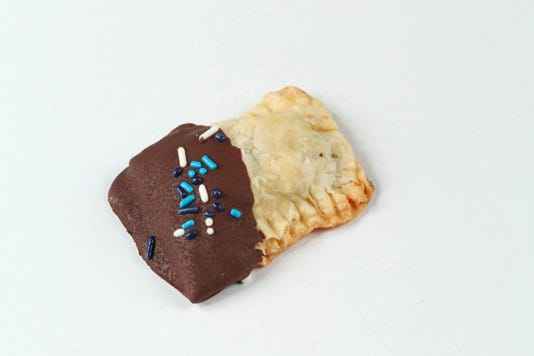cookierec05-20 Claramaes Surprise Cookies