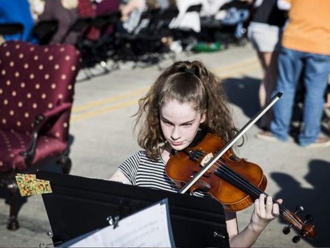 The Youth Symphony Orchestras of East Central Indiana was awarded $4,500 in Quarterly Competitive Grants from The Community Foundation. Pictured, a Chamber Program student performs at the Bridge Dinner in April.