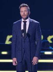 Joel McHale presents the female video of the year award at the CMT Music Awards at the Bridgestone Arena on Wednesday, June 6, 2018, in Nashville, Tenn.