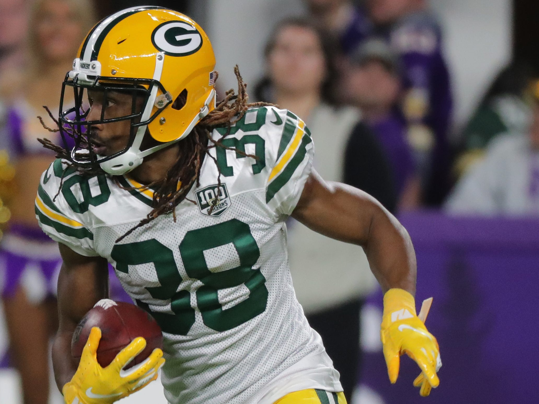 Green Bay Packers cornerback Tramon Williams (38) returns a pigment for 20 yards during the third quarter of their game Sunday, November 25, 2018 at U.S. Bank Stadium in Minneapolis, Minn. The Minnesota Vikings beat the Green Bay Packers 24-17.MARK HOFFMAN/MHOFFMAN@JOURNALSENTINEL.COM