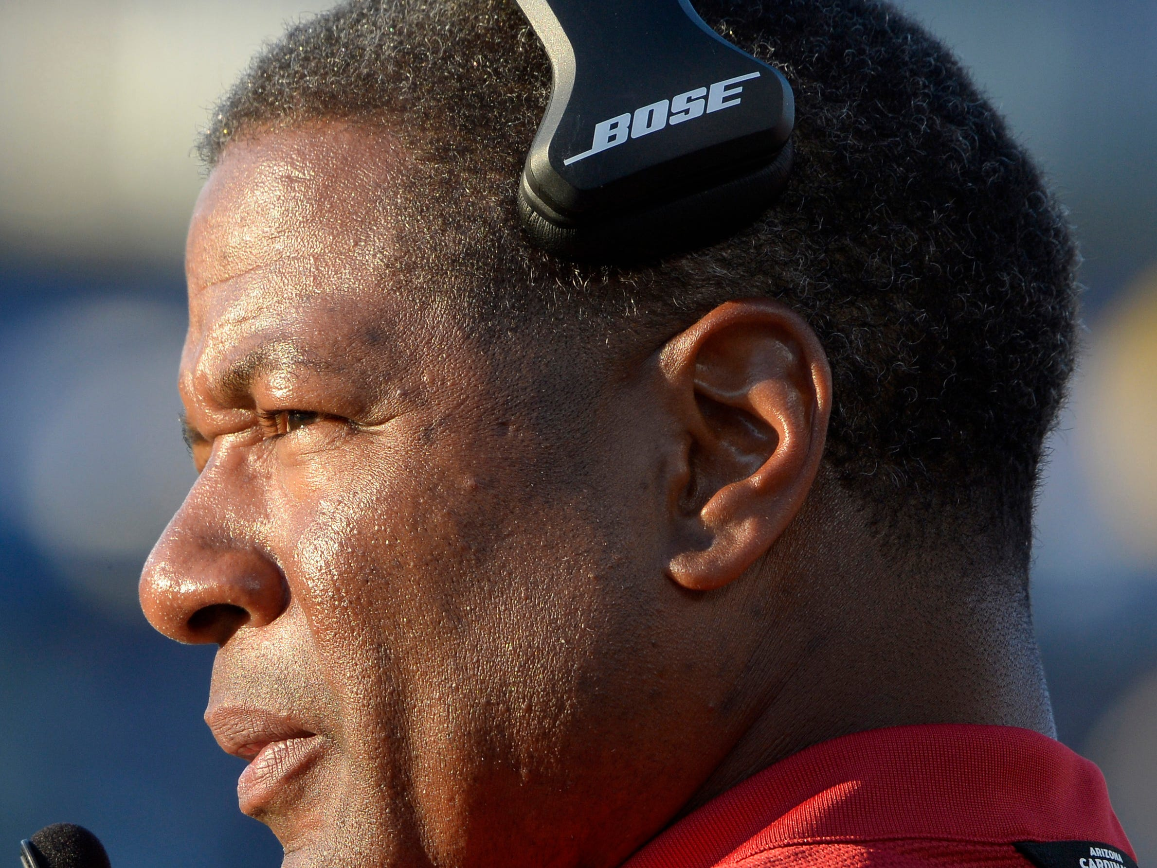 Nov 25, 2018; Carson, CA, USA; Arizona Cardinals head coach Steve Wilks looks on during the fourth quarter against the Los Angeles Chargers at StubHub Center.