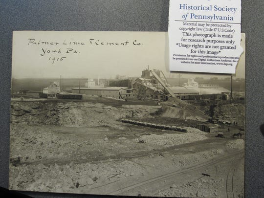 Photograph of the Palmer Quarry in 1915.  Courtesy of the Pennsylvania Historical Society.