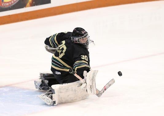 Jg 022316 Hockey 10
