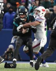 Bills linebacker Lorenzo Alexander sacks Jaguars quarterback Blake Bortles in a game earlier this season.