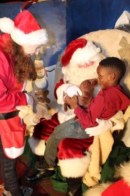 Getdown Santa Photo Img 0310