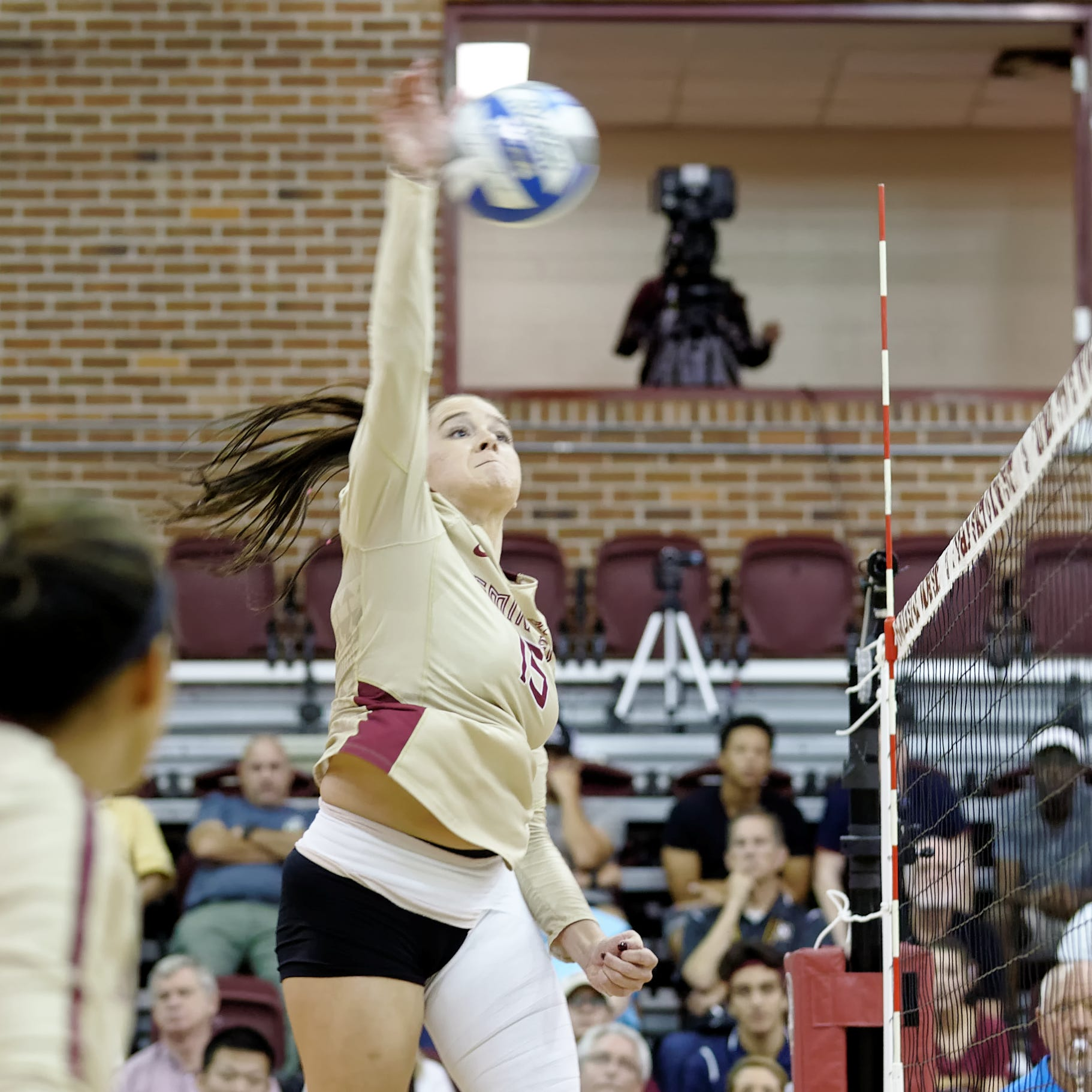 Noles advance to 10th straight NCAA Volleyball Tournament