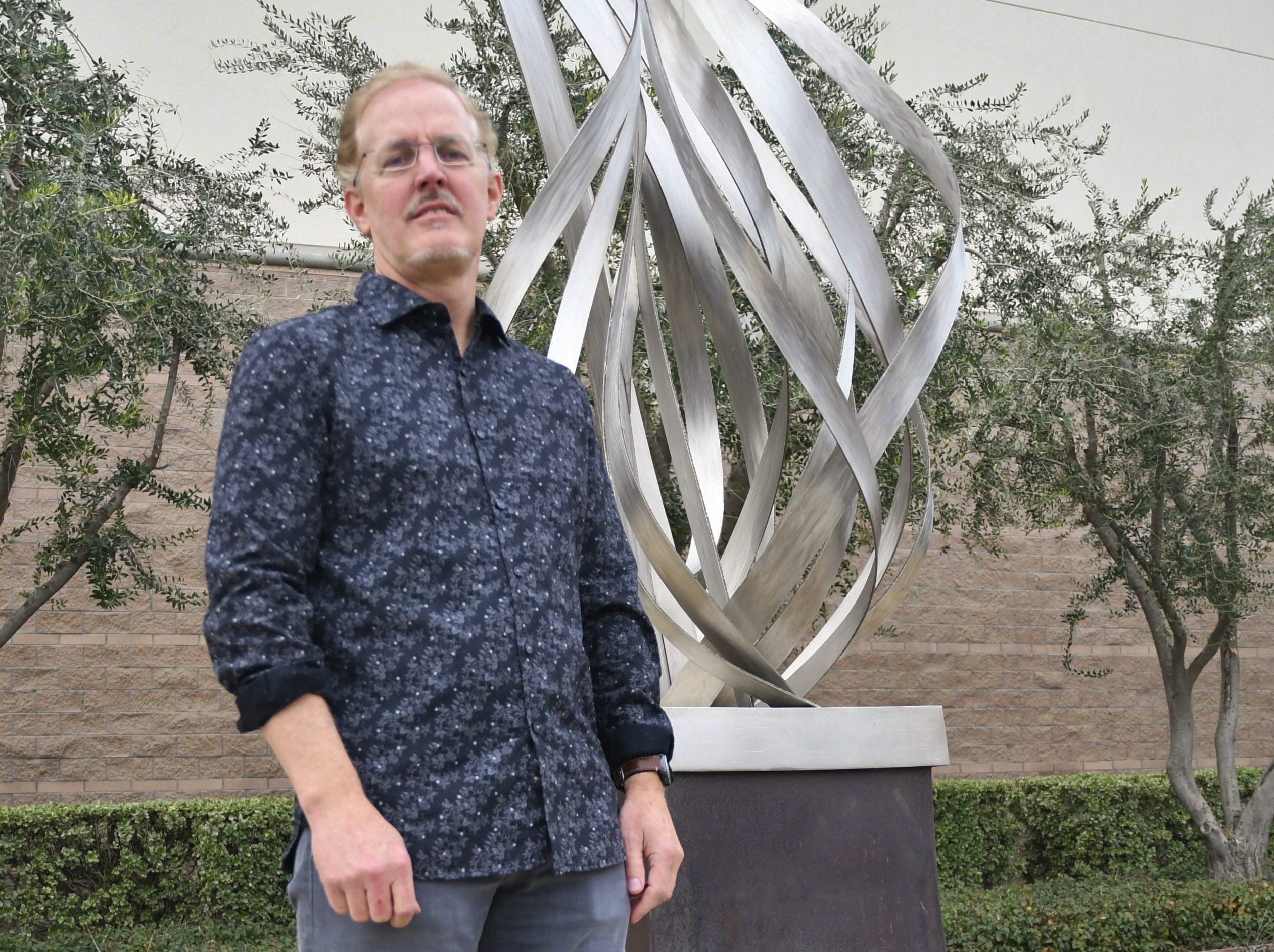 Eric Peltzer's career in sculptures forged in hometown of Visalia