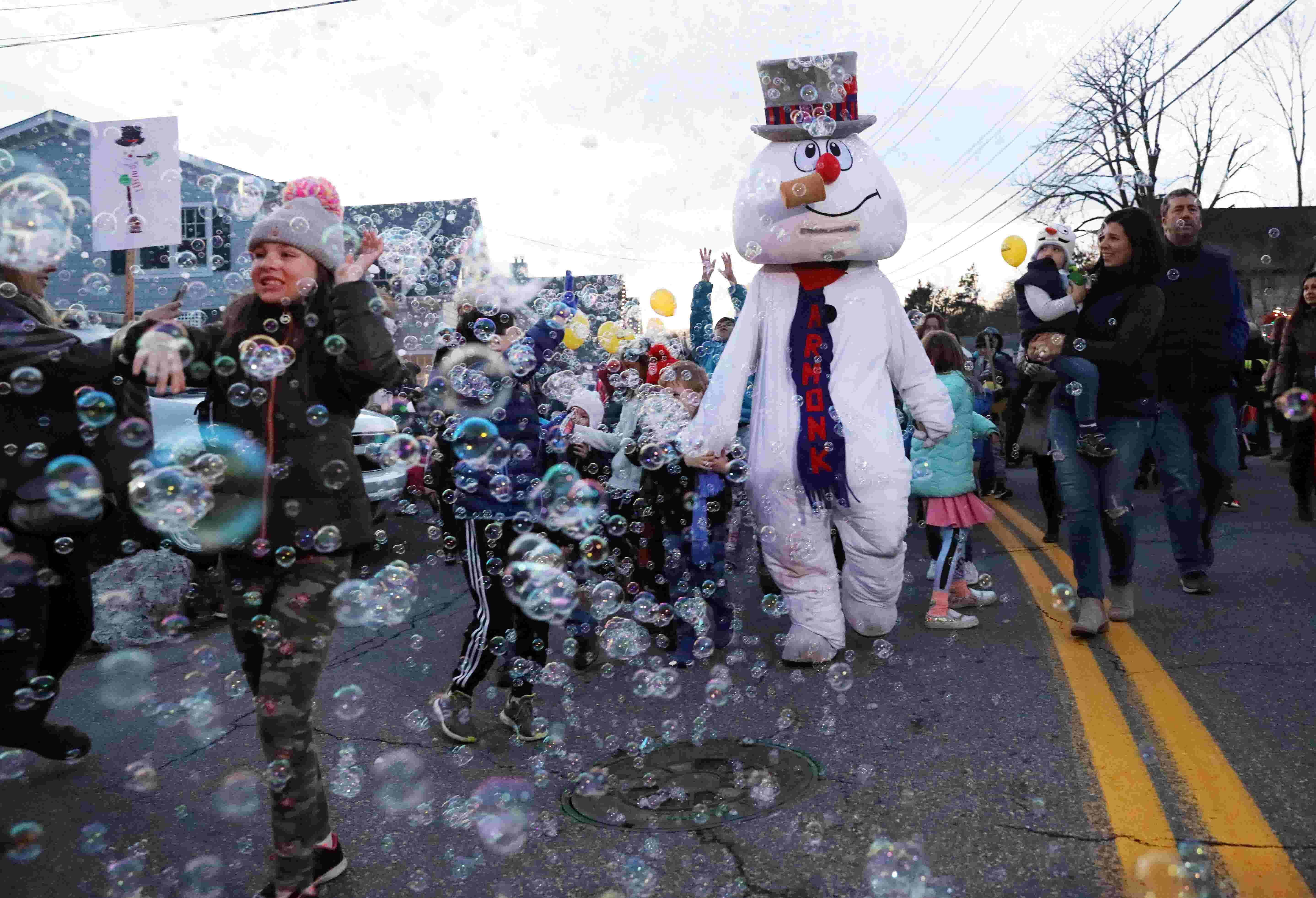 Armonk celebrates Frosty Day