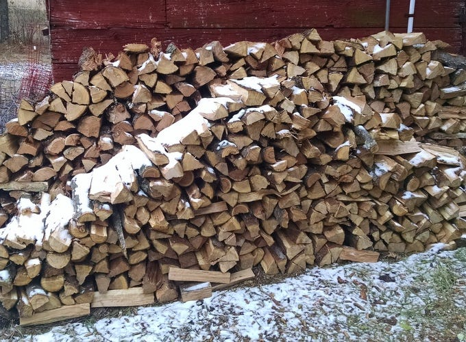 Getting Woodpile Ready For Winter >> The Harvest Is In The Wood Pile High Let Winter Begin