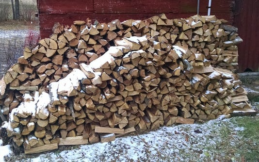 Wsf 1130 Apps Wood Pile