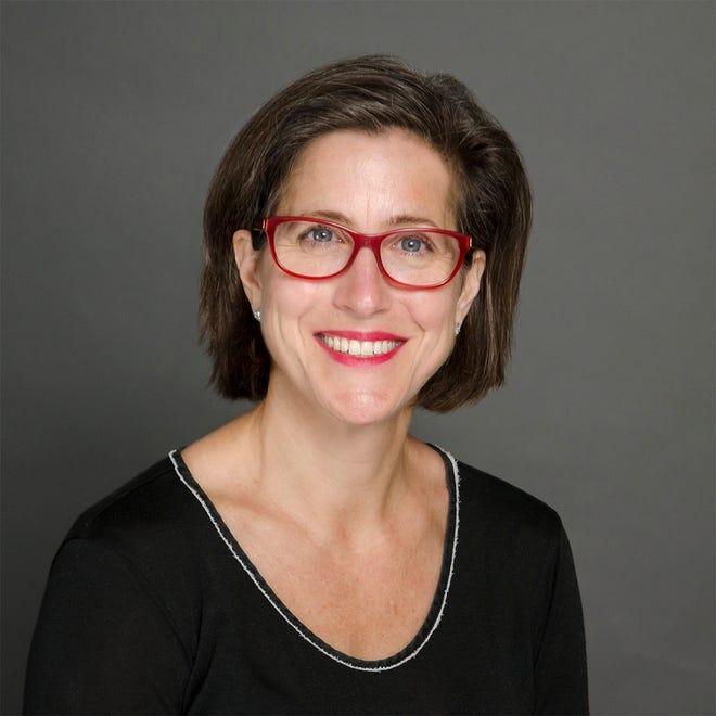 Kelly McBride, Senior Vice President, The Poynter Institute.