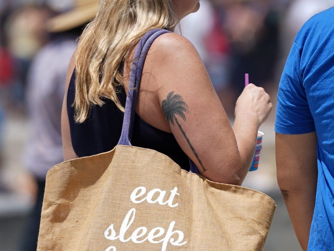 Eat. Sleep. Beach. Says it all.