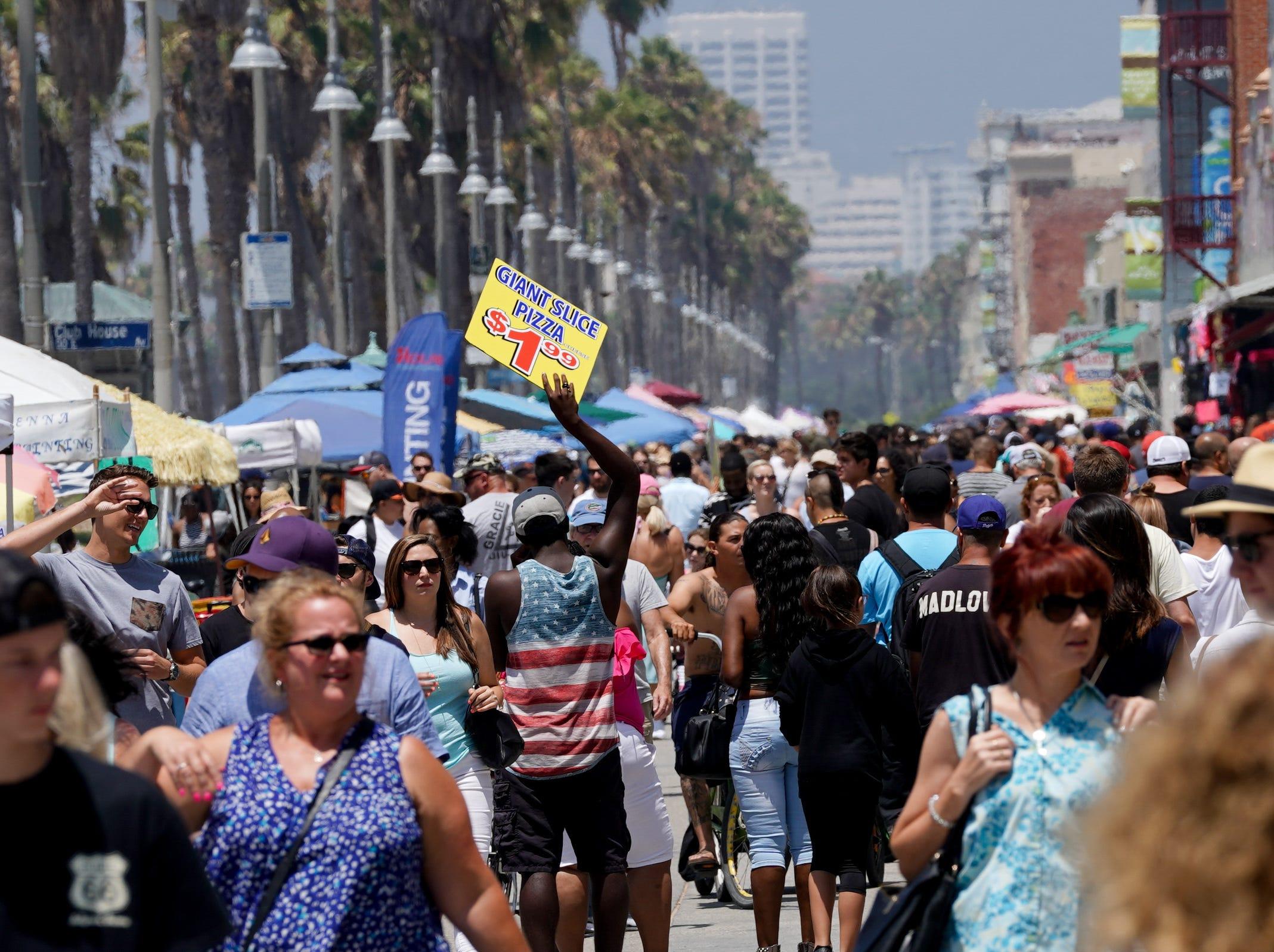 A crowded Saturday in Venice Beach