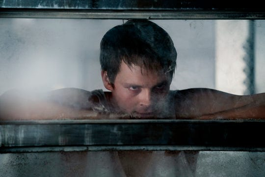 "Sam Strike as Thale on ""Nightflyers."""