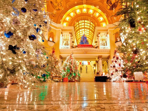b2981fc12 Best public Christmas trees to visit across the USA
