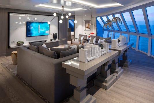 1543156318 Eg18 Iconic Living Roomr