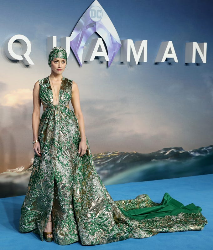 """LONDON, ENGLAND - NOVEMBER 26:  Amber Heard attends the """"Aquaman"""" world premiere at Cineworld Leicester Square on November 26, 2018 in London, England. (Photo by Tristan Fewings/Getty Images) ORG XMIT: 775262806 ORIG FILE ID: 1072654488"""