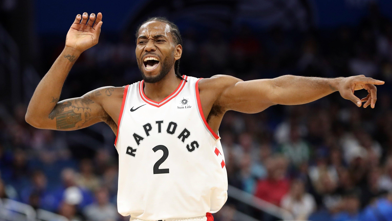 723faf500014 NBA  Raptors  Kawhi Leonard gets best of Spurs coach Gregg Popovich