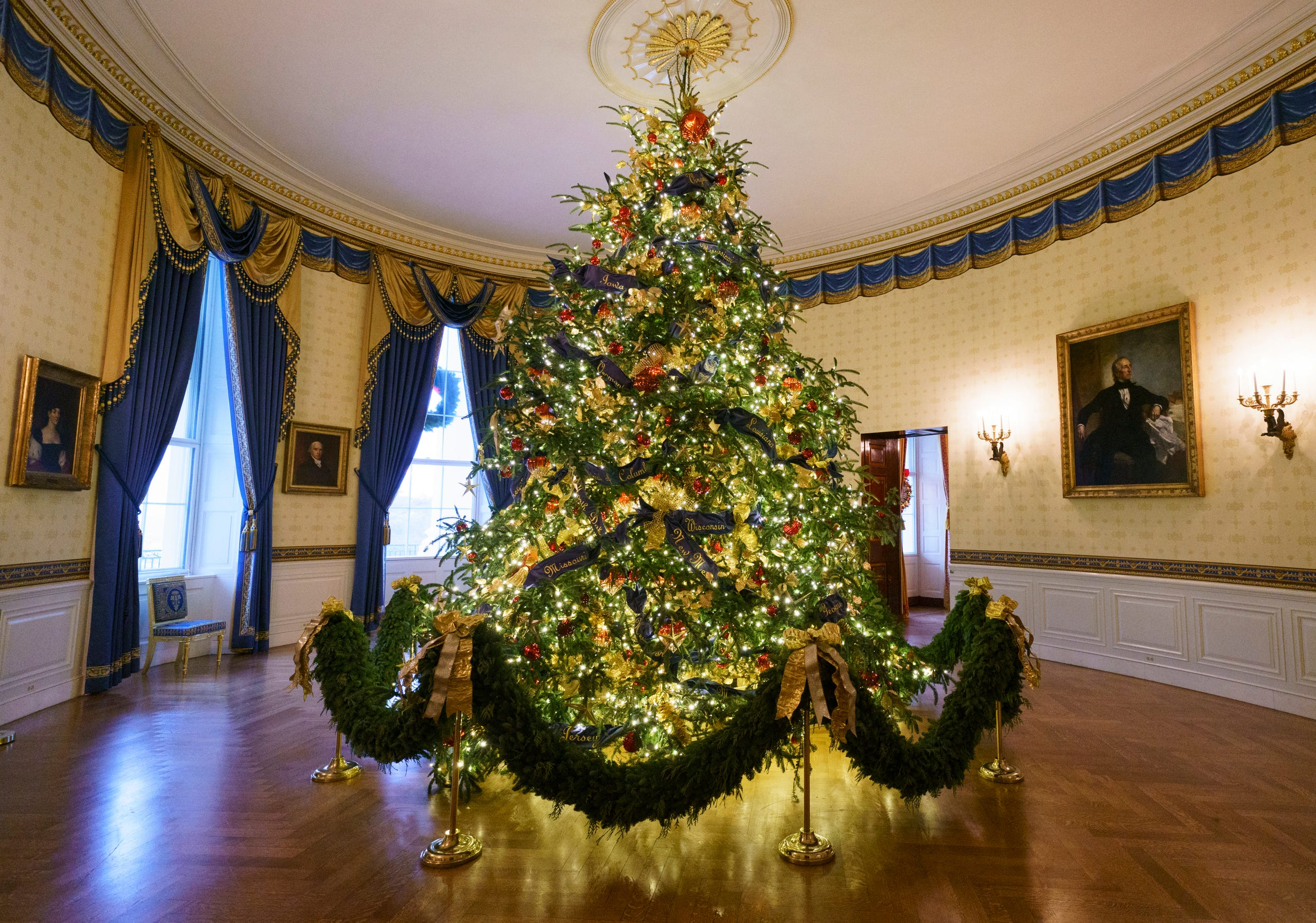 Whitehouse Christmas.2018 White House Holiday Decorations