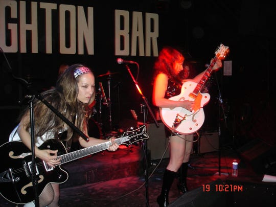The Gore Gore Girls play The Brighton Bar in 2008.