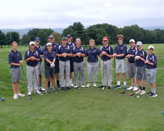 Coach Jorie Ftorek shown with the 2018 Binghamton High School golf team.
