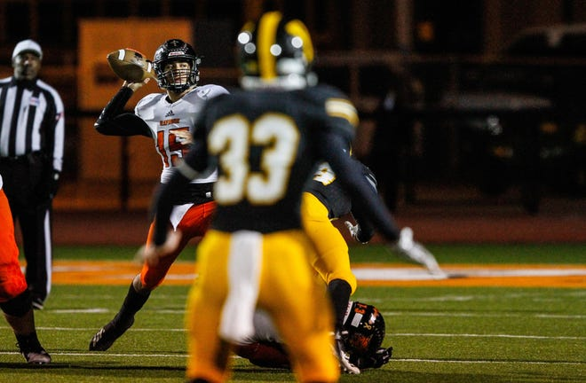 Refugio's Austin Ochoa throws a pass against Yorktown during a Class 2A Division I bi-district game on Nov. 16.