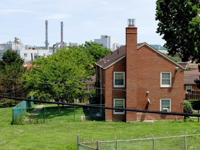 Winton Terrace, one of Cincinnati's oldest public housing projects, is wedged against one of the densest industrial areas of the city. Six facilities within 1000 yards of Winton Terrace produce nearly 40 percent of all the toxic air emissions in the city.