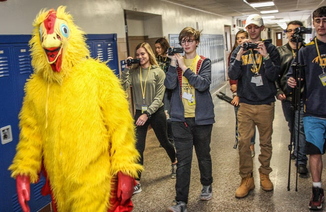 Delaware Valley High School seniorMorgan Middleberg got 10 staff members to wear a chicken suit to raise money in the school'sKey Club effort, whichraised $230 for Swansboro High School, which was recently ravaged by Hurricane Florence.