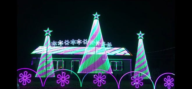 A popular Old Bridge holiday lights show  will be held this year at Middlesex County Fairgrounds, 655 Cranbury Road, East Brunswick.