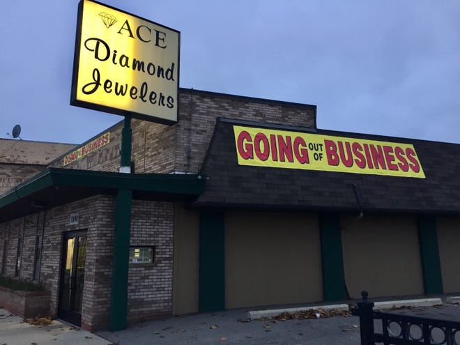 Ace Diamond Jewelers is closing after 40 years of business.