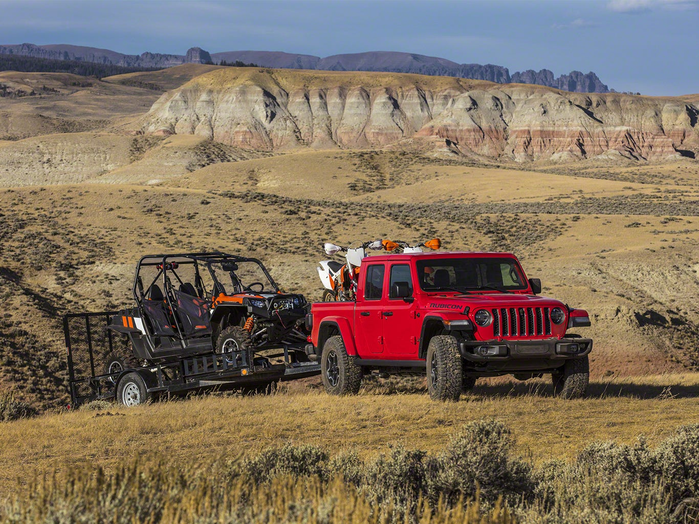 The 2020 Jeep Gladiator has up to 7,650 pounds of towing capacity and up to 1,600 pounds of payload capacity.