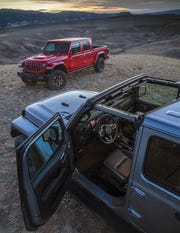 Fiat Chrysler Automobile NV is expanding its Jeep lineup with the Gladiator midsize pickup and two new larger Jeep SUVs to be built in Warren.