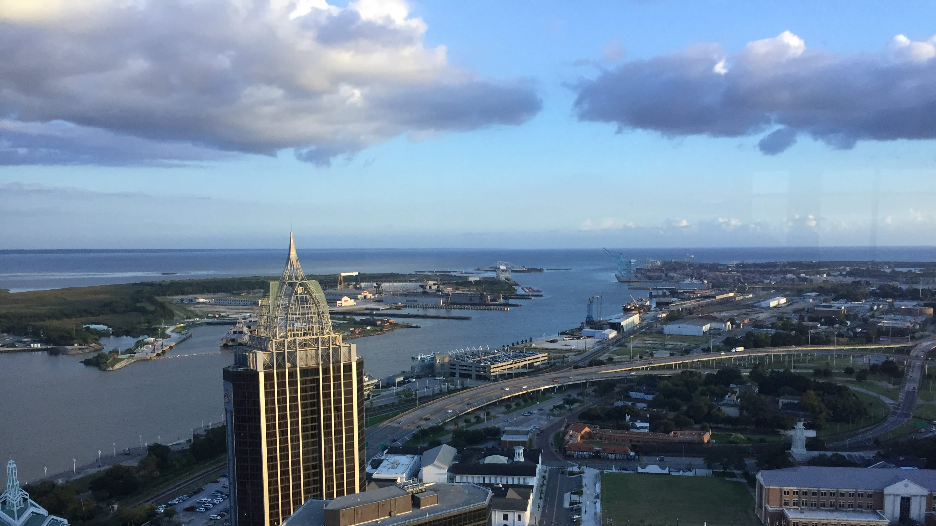 Mobile, Alabama travel guide: Outdoors, music, restaurants