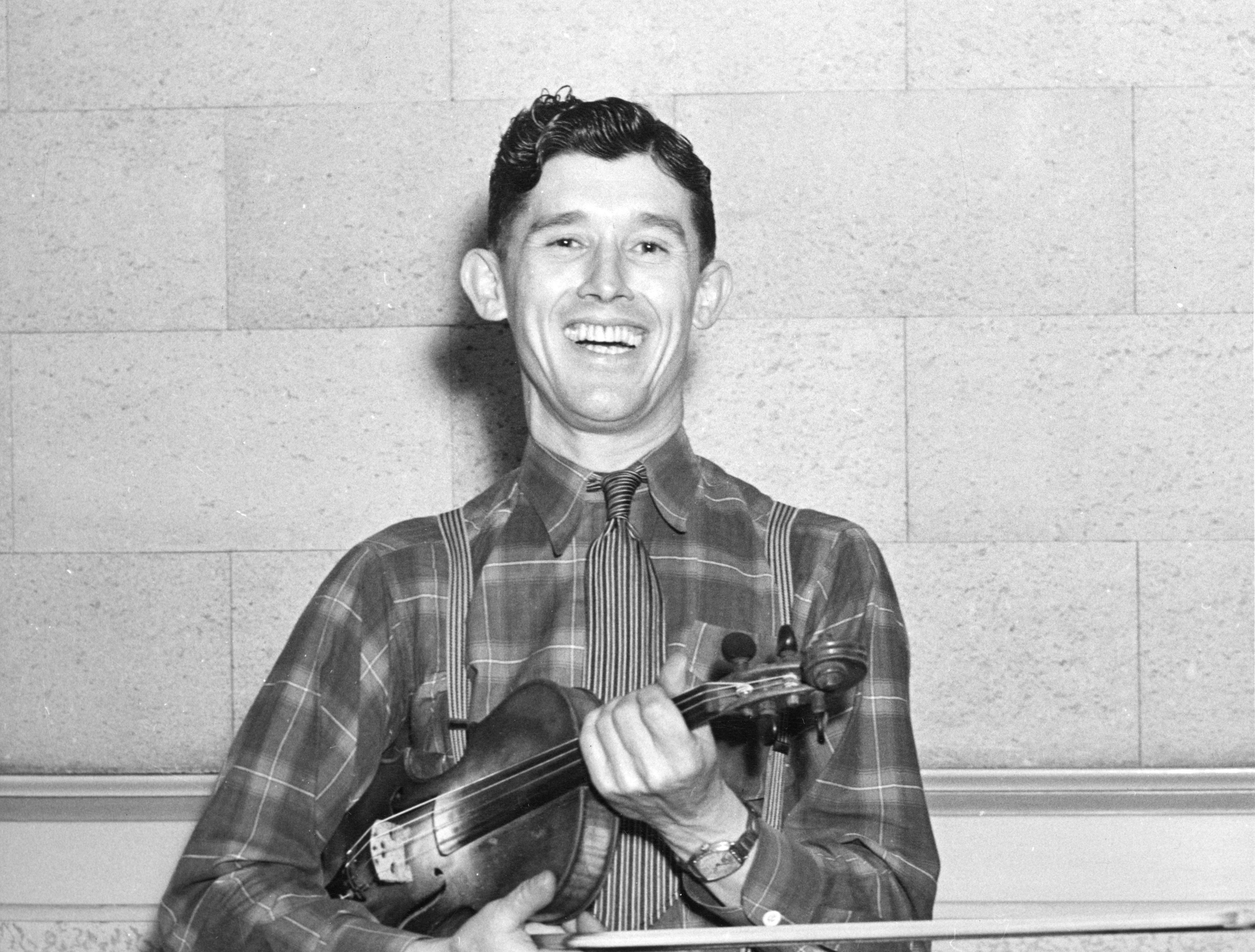 Roy Acuff in 1945