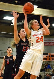 Brighton junior Sophie Dziekan has verbally committed to Bowling Green.