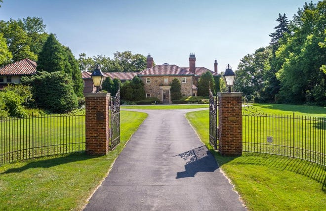 Milwaukee County Executive Chris Abele has purchased a historic Shorewood mansion on North Lake Drive.