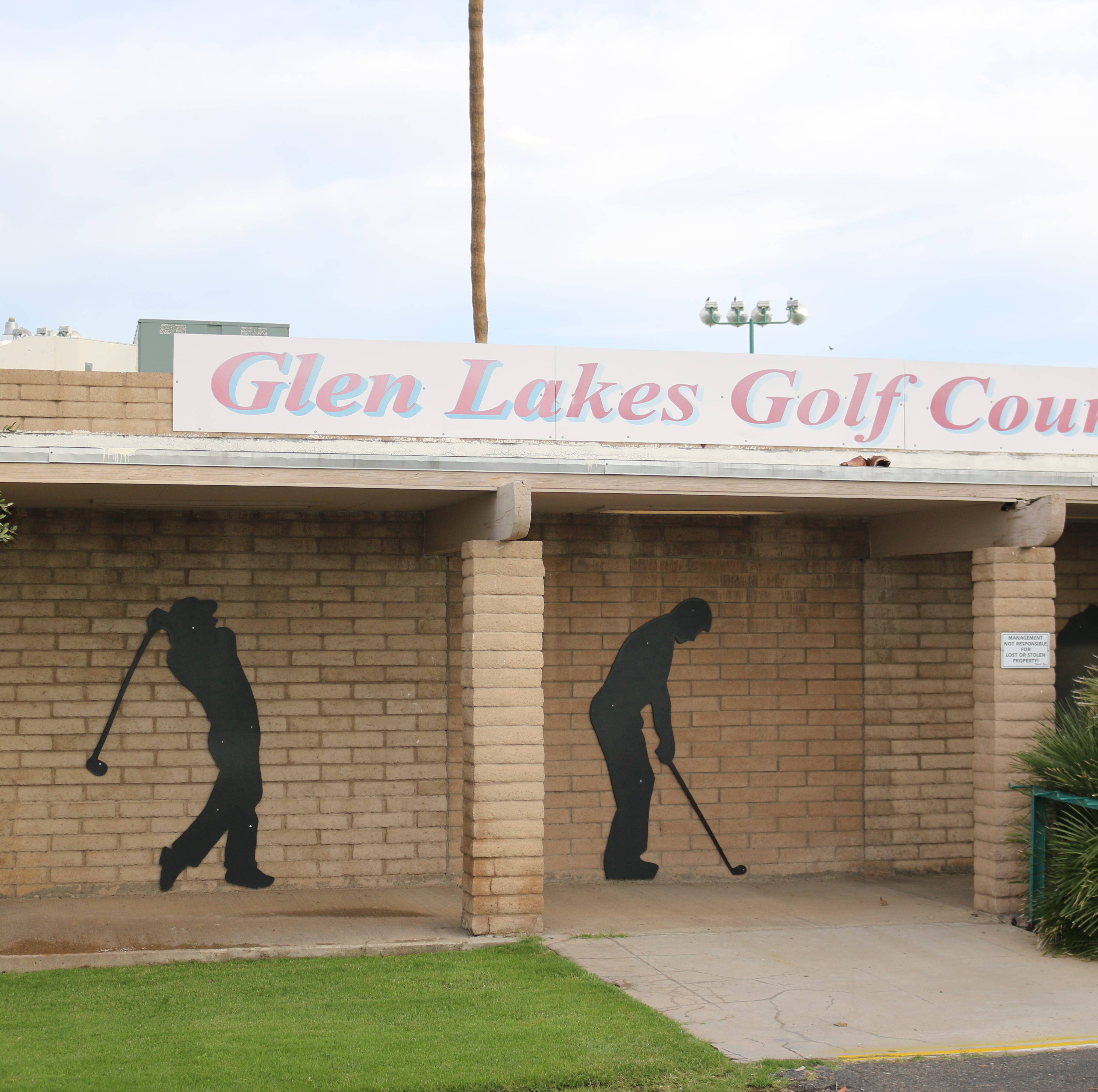 Glen Lakes Golf Course in Glendale closes Sunday. Here's what will happen next with the land.