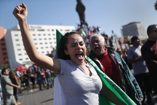 Anti Immigrant Activists Rally At Us Mexico Border