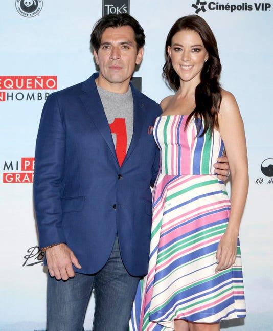 Jorge Salinas Y Fernanda Castillo Lavoz