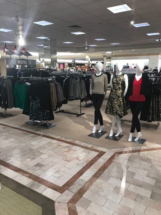 Lord & Taylor in Victor