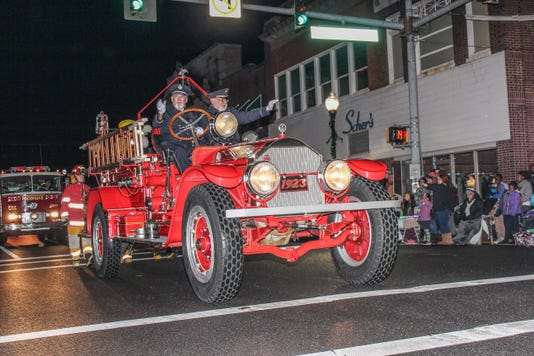 Pocomoke City Christmas Parade 24 Of 31