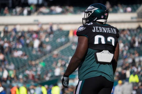 Eagles' Tim Jernigan warms up before facing the New York Giants Sunday, Nov. 25, 2018 at Lincoln Financial Field.
