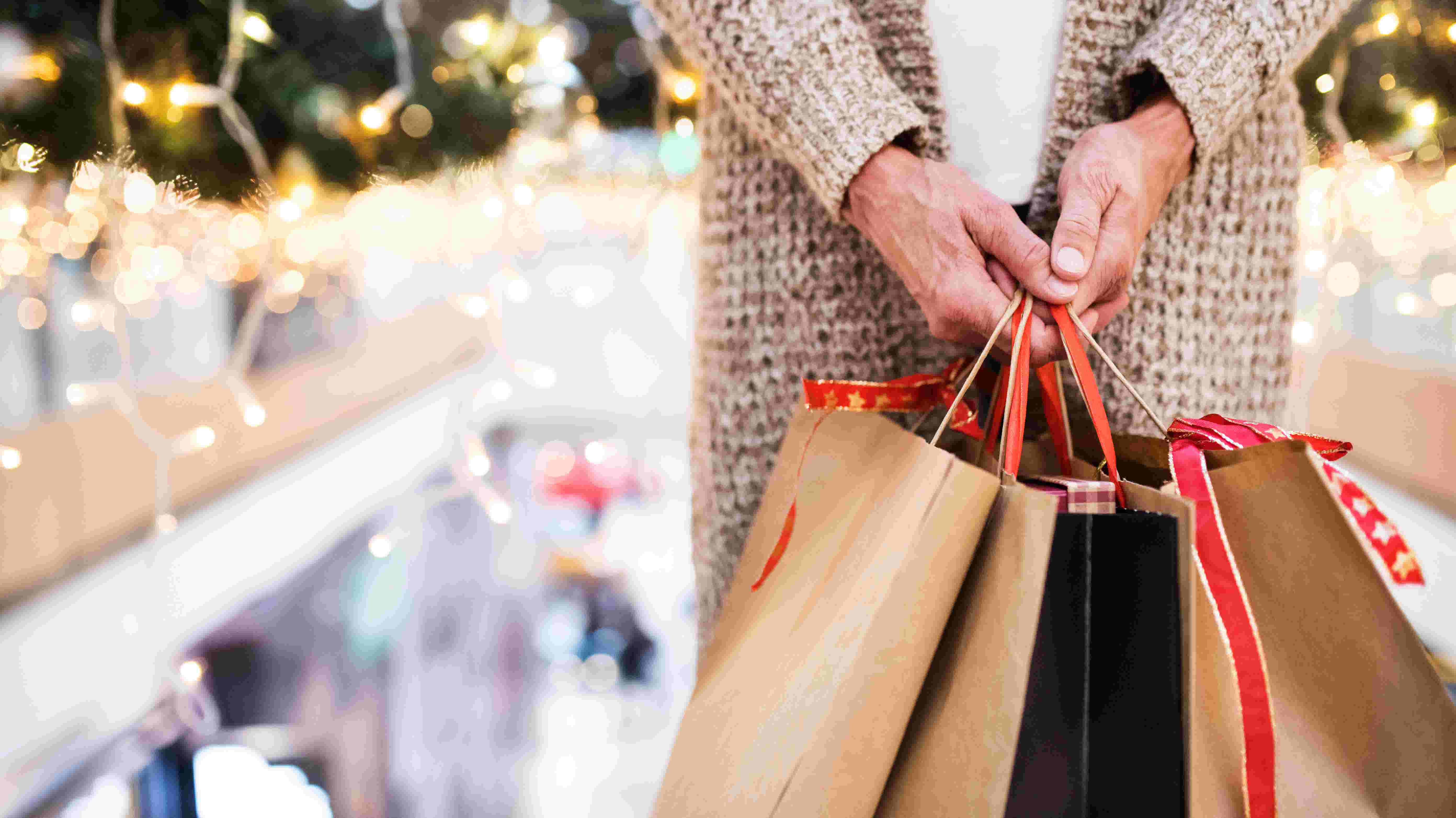 How to return Christmas gifts on Amazon, in stores
