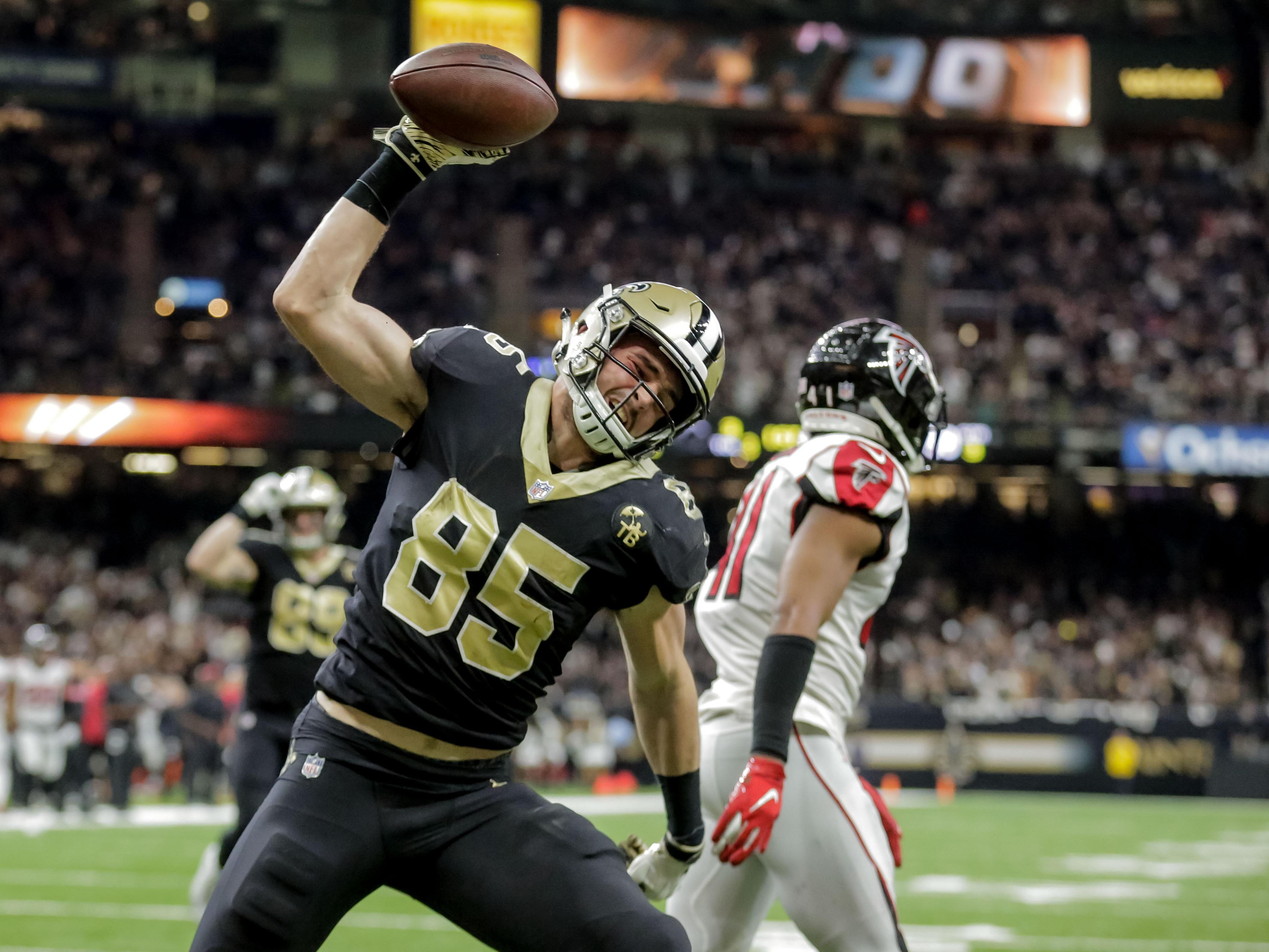1. Saints (1): Even on a night when stars are coasting, they'll score 31. New Orleans hasn't even bothered to incorporate Brandon Marshall on game day yet.