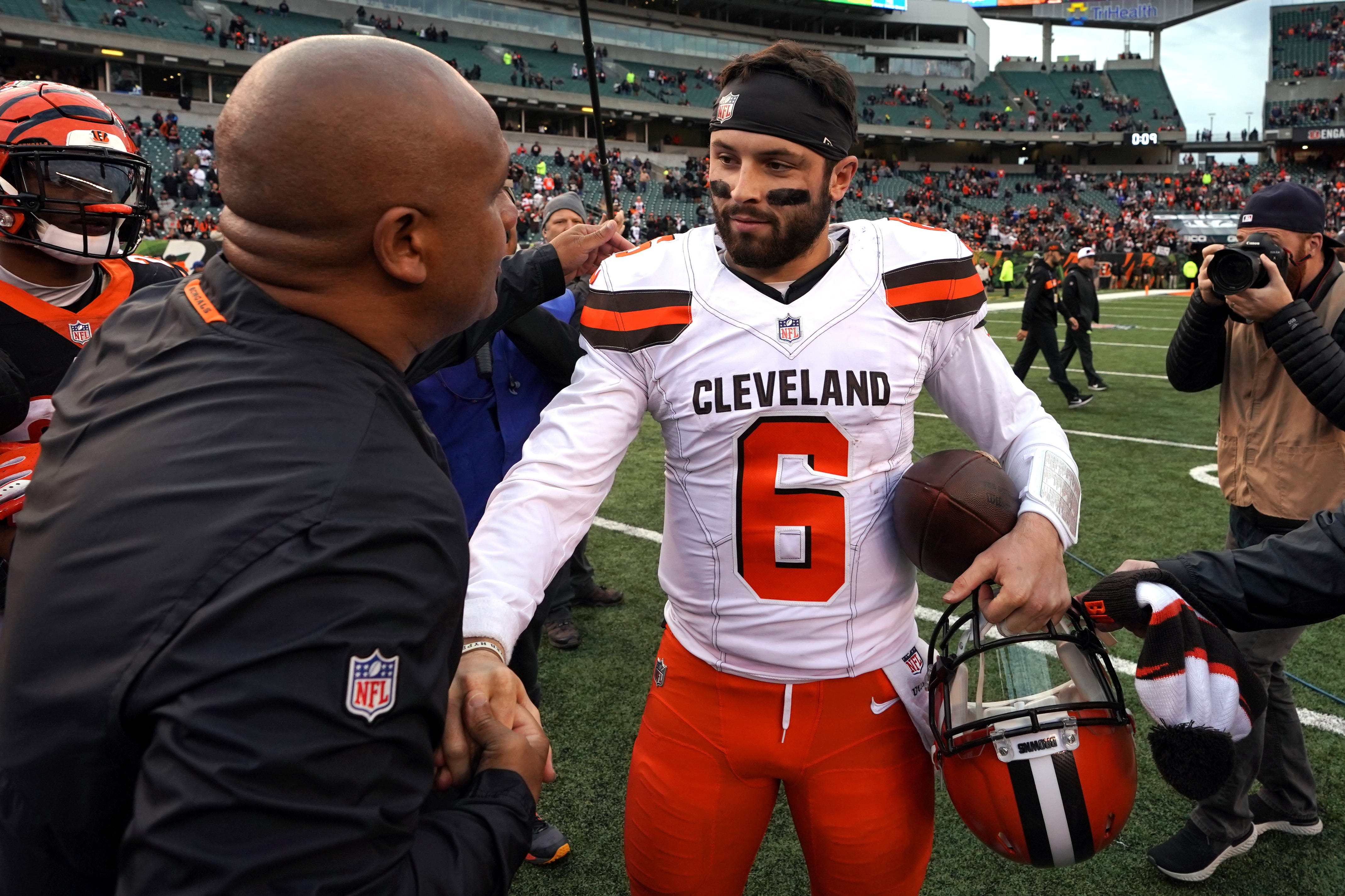 9bdef3b97 Baker Mayfield blames in-house  drama  for Browns  early-season woes